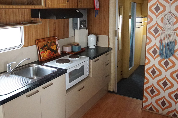 retro glampers kanasta caravan park. Black Bedroom Furniture Sets. Home Design Ideas