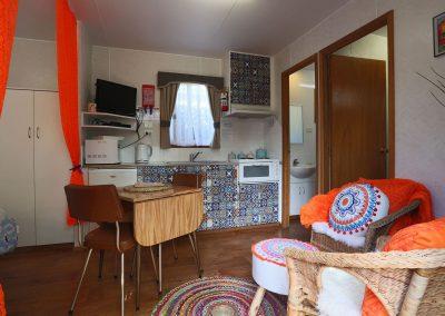 Kanasta Caravan Park Cabin 3 Living