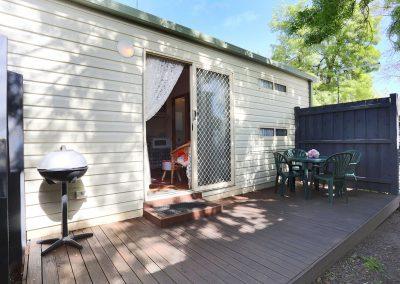 Kanasta Caravan Park Cabin 3 Deck