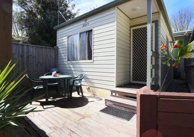 cabin-4-outdoor-area