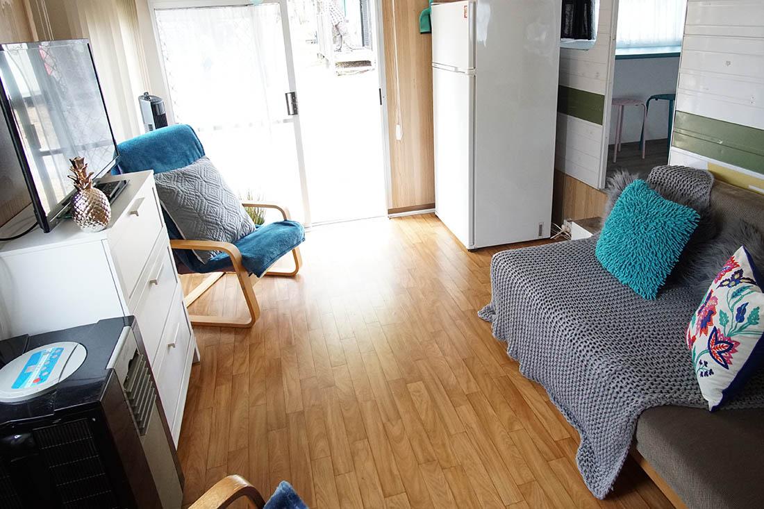 mavis kanasta caravan park. Black Bedroom Furniture Sets. Home Design Ideas